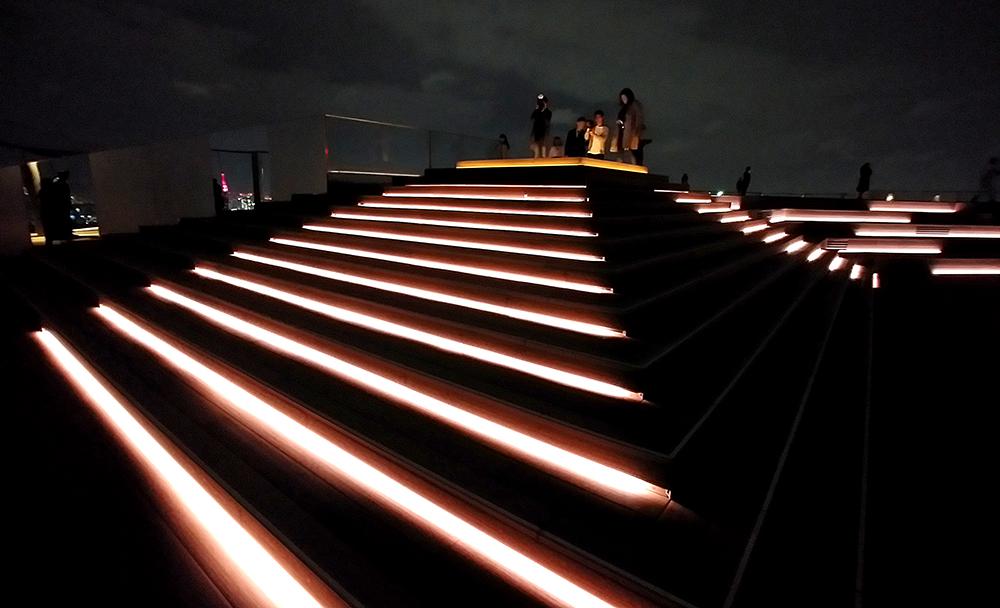SHIBUYA SKYのGEO COMPASS