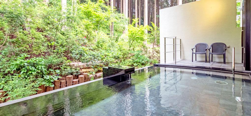 箱根「小田急 山のホテル」の自家源泉「芦ノ湖温泉 つつじの湯」