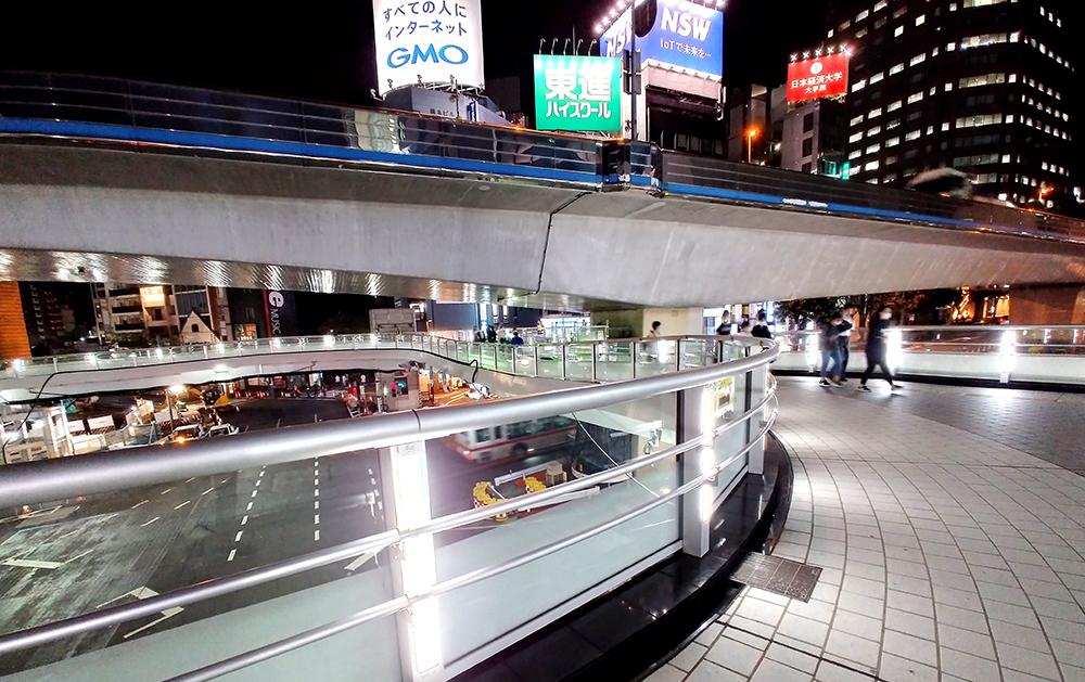 渋谷ストリーム方面の通路