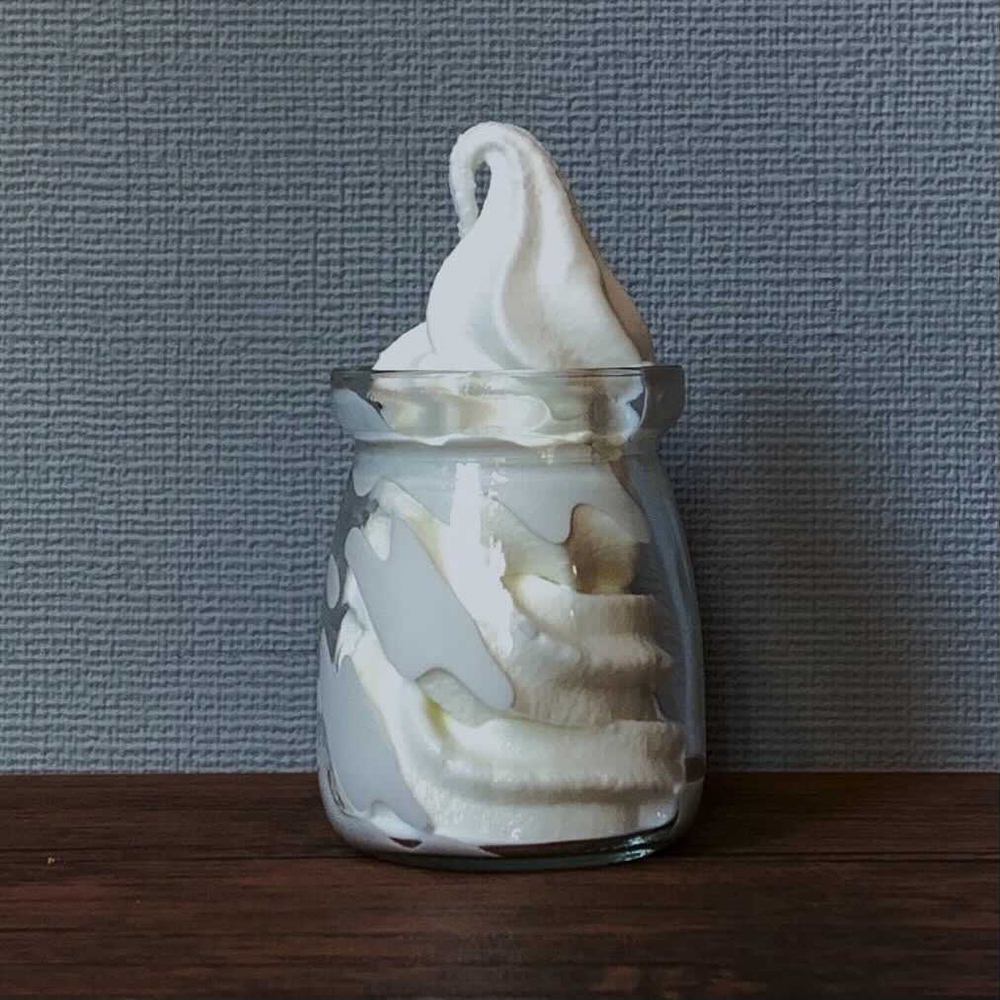 渋谷区富ヶ谷のアイスクリーム工場「micro craft Ice cream factory 『hete』」のMILK SOFT CREAM