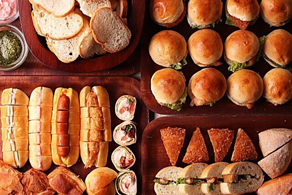 コピス吉祥寺「コロニアルガーデン」のパンビュッフェランチのパンイメージ
