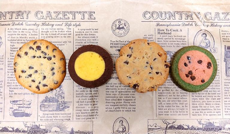 ステラおばさんのクッキーを購入。チョコレートチップ、チョコバナナ、アーモンドチョコチップ、スイカ