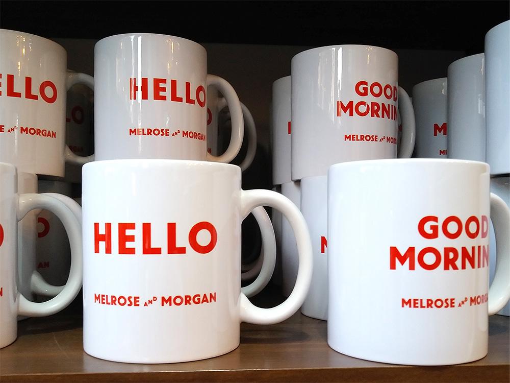吉祥寺店限定のメルローズアンドモーガンマグカップは2種類のロゴを用意